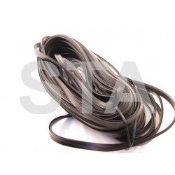 X63571/F/30 ASTRAGAL RUBBER FEMALE R42 (30M LONG)