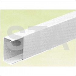 Goulotte d'installation blanche 17x30