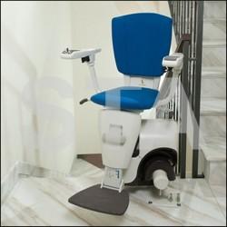 Monte-escaliers  avec chaise repose pieds