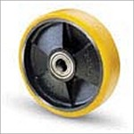 Roller for hydraulic equipment